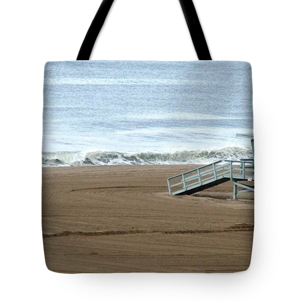 Beach Tote Bag featuring the photograph Life Guard Stand - Color by Shari Chavira