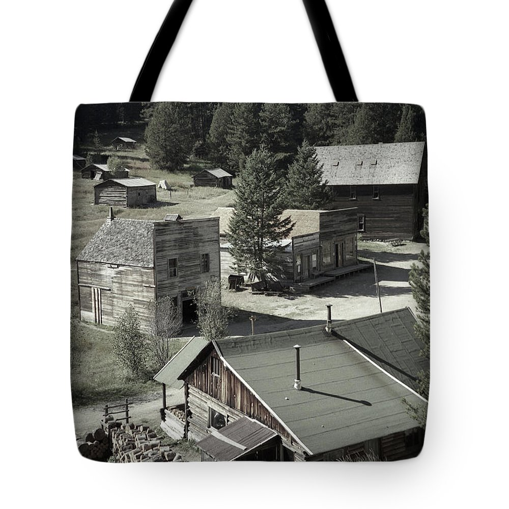 Ghost Towns Tote Bag featuring the photograph Life In A Ghost Town by Richard Rizzo