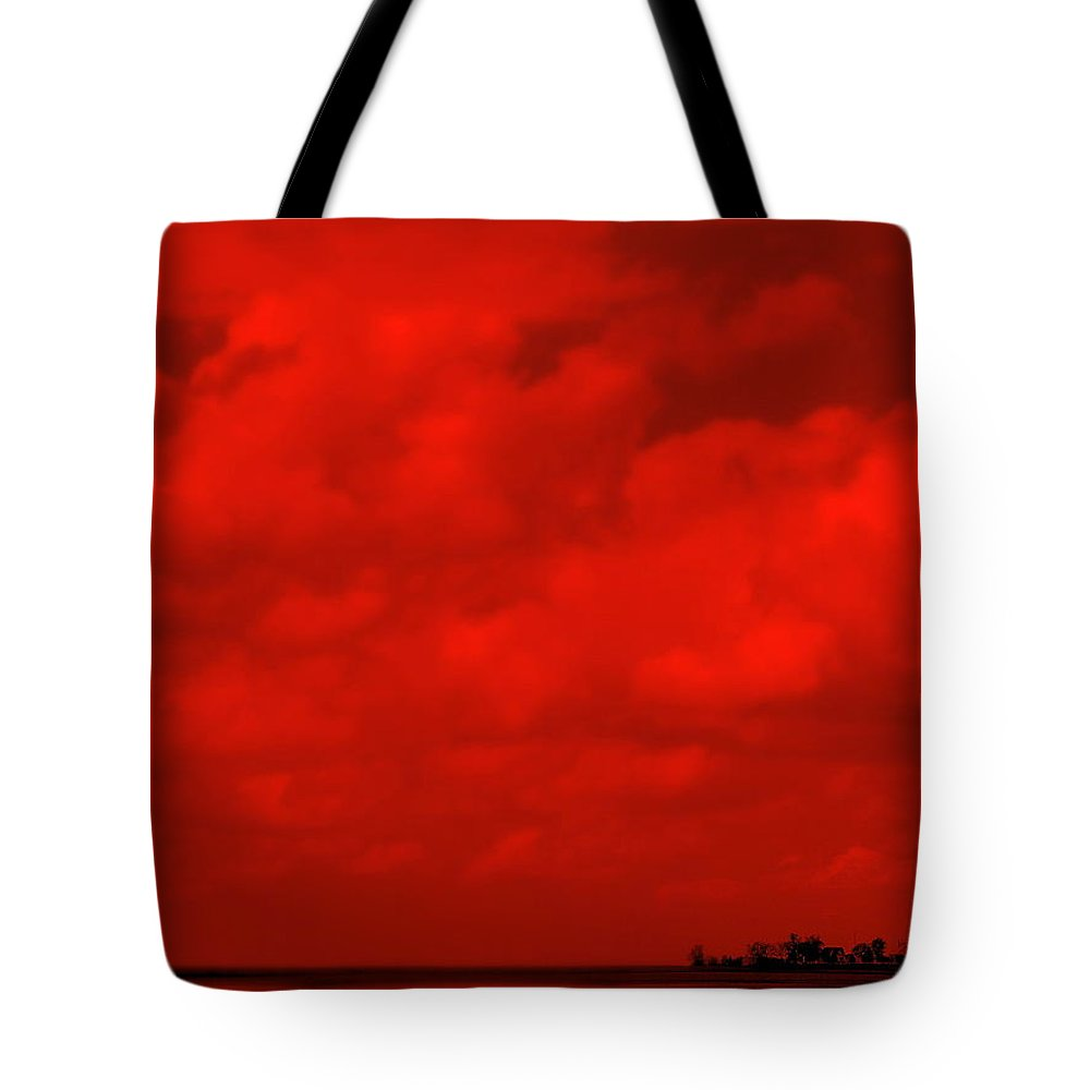 Sky Tote Bag featuring the photograph Life On Mars by Ed Smith