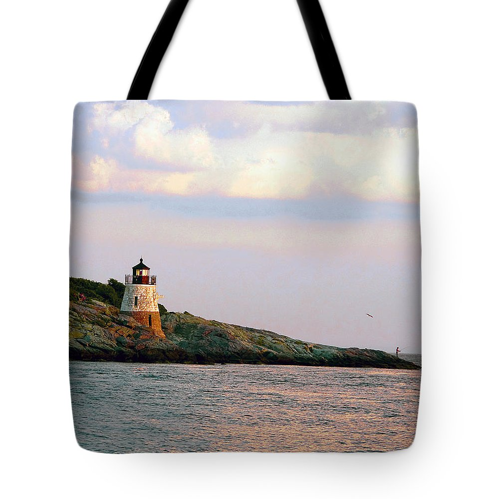Lighthouse Tote Bag featuring the photograph Lighthouse Castle Hill by Steven Natanson