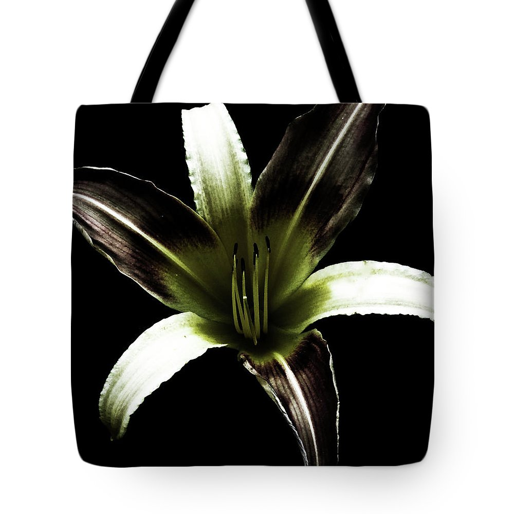 Lily Tote Bag featuring the digital art Lily by Tania Maria Nascimento