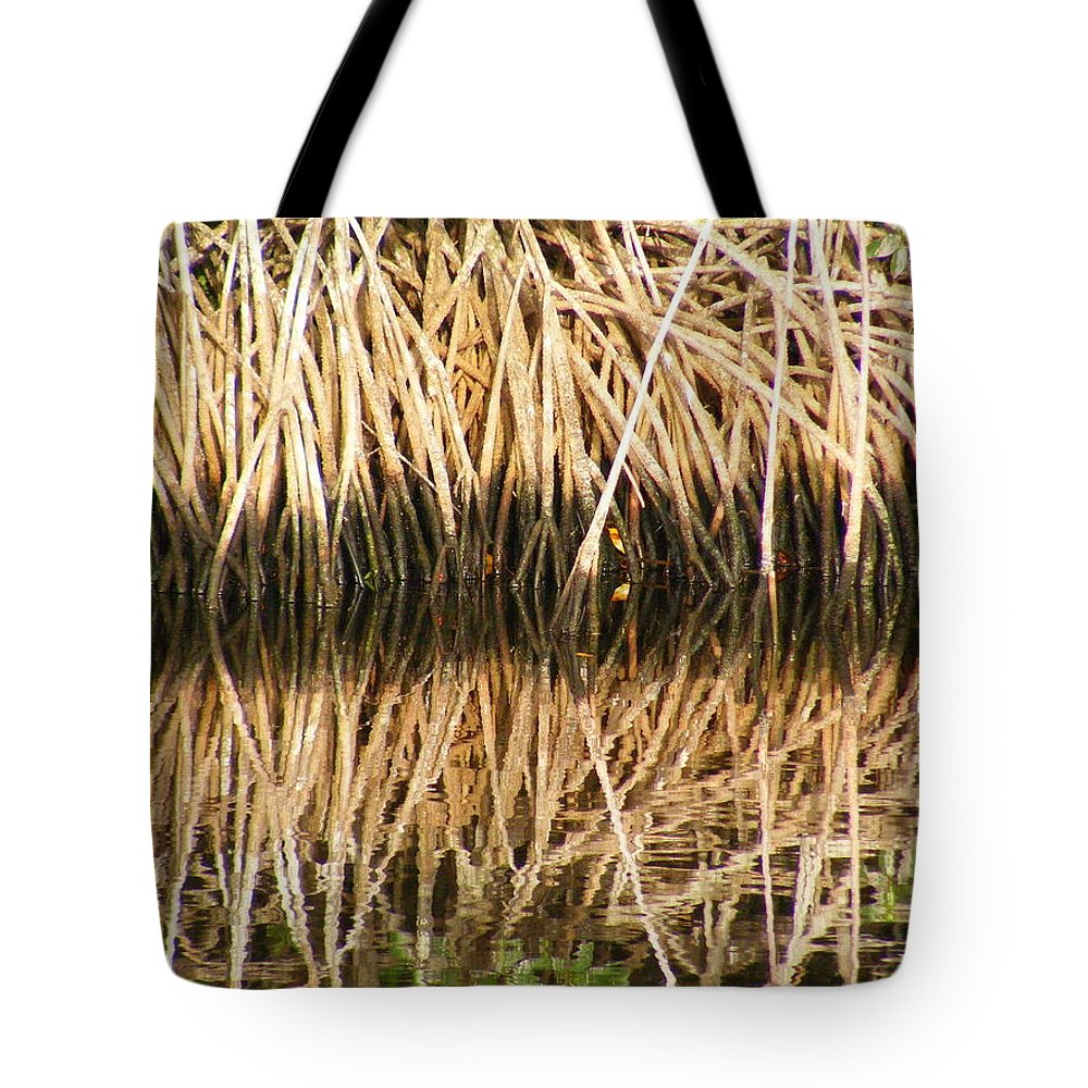 Plants Tote Bag featuring the photograph Little Feet by Ed Smith