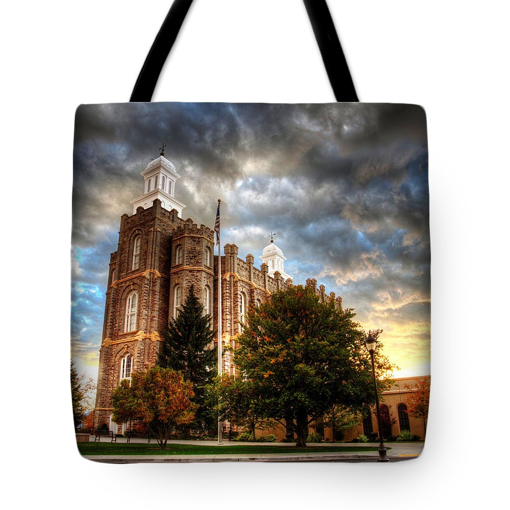 Worship Tote Bag featuring the photograph Logan Temple Cloud Backdrop by David Andersen