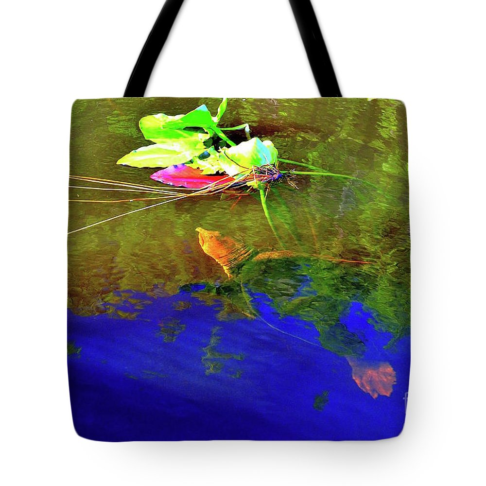 Loggerhead Sea Turtle Tote Bag featuring the photograph Loggerhead Sea Turtle In The Florida Everglades by Sherri Hubby