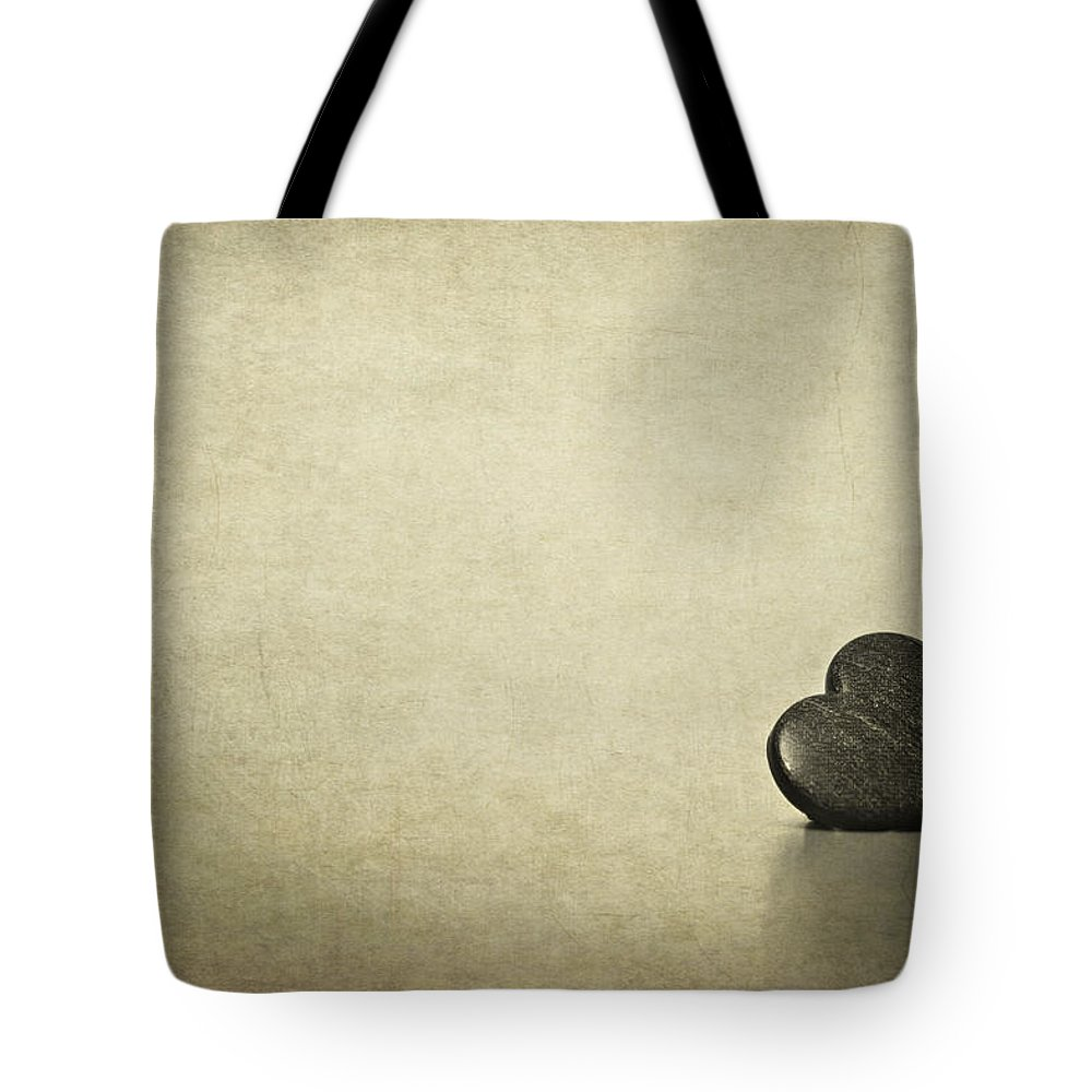 Heart Tote Bag featuring the photograph Longing by Evelina Kremsdorf