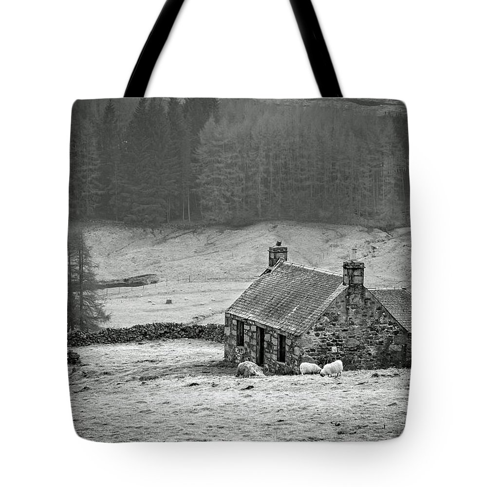 Scotland Tote Bag featuring the photograph Longing For The Days Of Yore by Martina Schneeberg-Chrisien