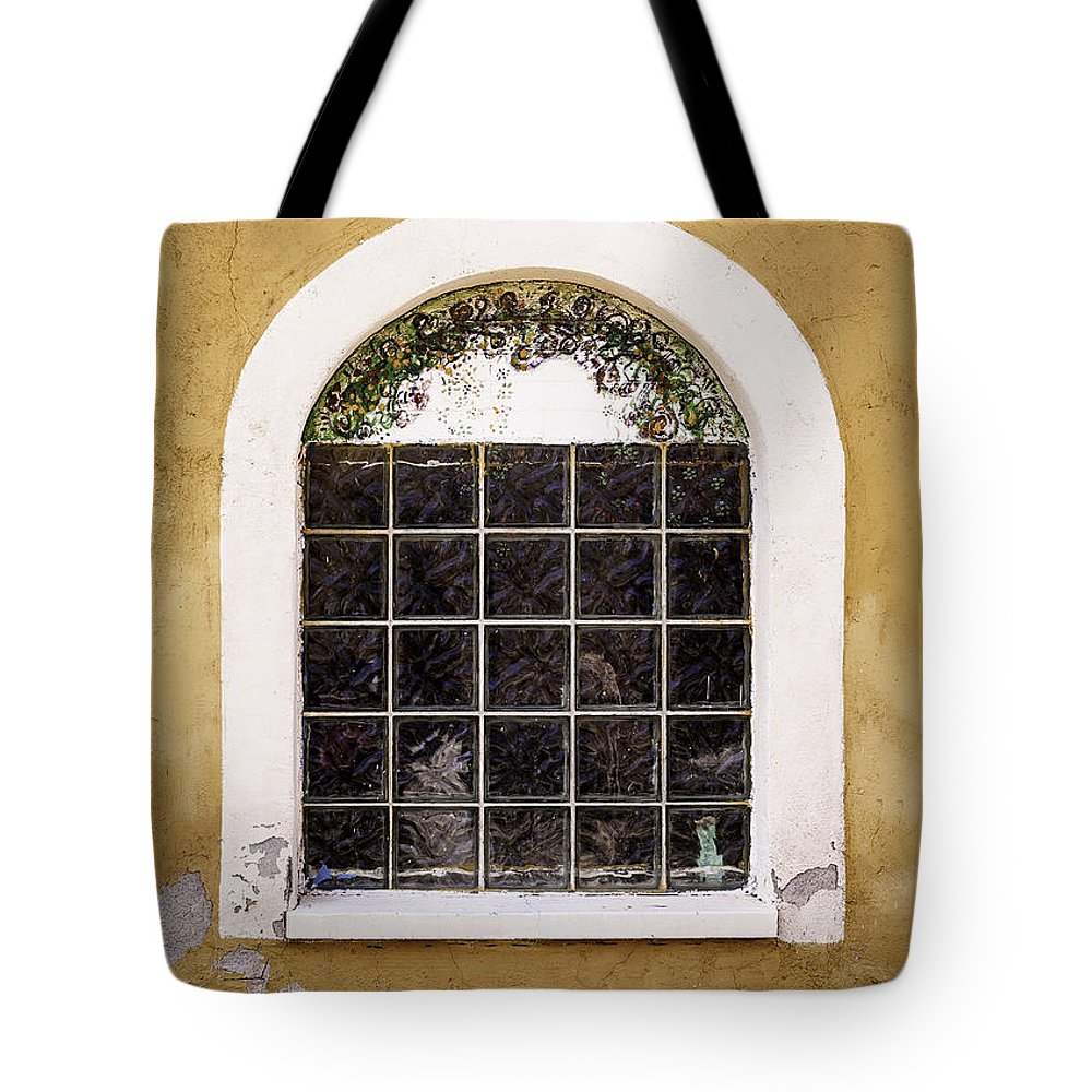 Window Tote Bag featuring the photograph Looking In by Jan Hagan