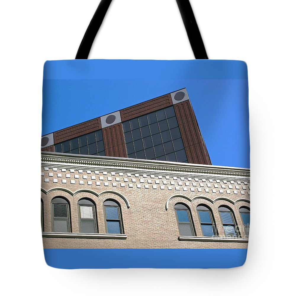Abstract Tote Bag featuring the photograph Looking Up by Ann Horn