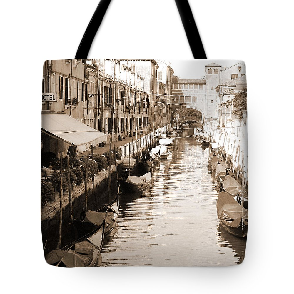 Old Times Tote Bag featuring the photograph Looks Like Old Times by Donna Corless
