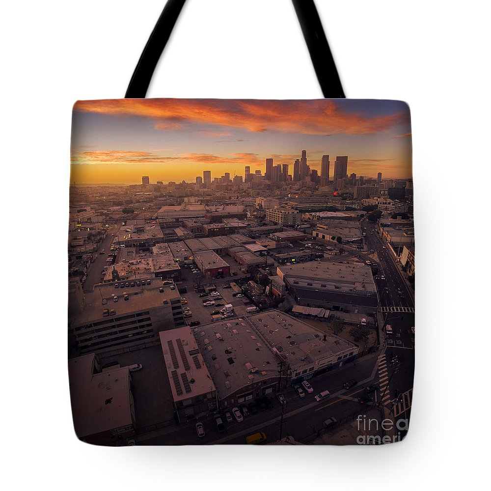 Los Angeles Tote Bag featuring the photograph Los Angeles At Sunset by Konstantin Sutyagin