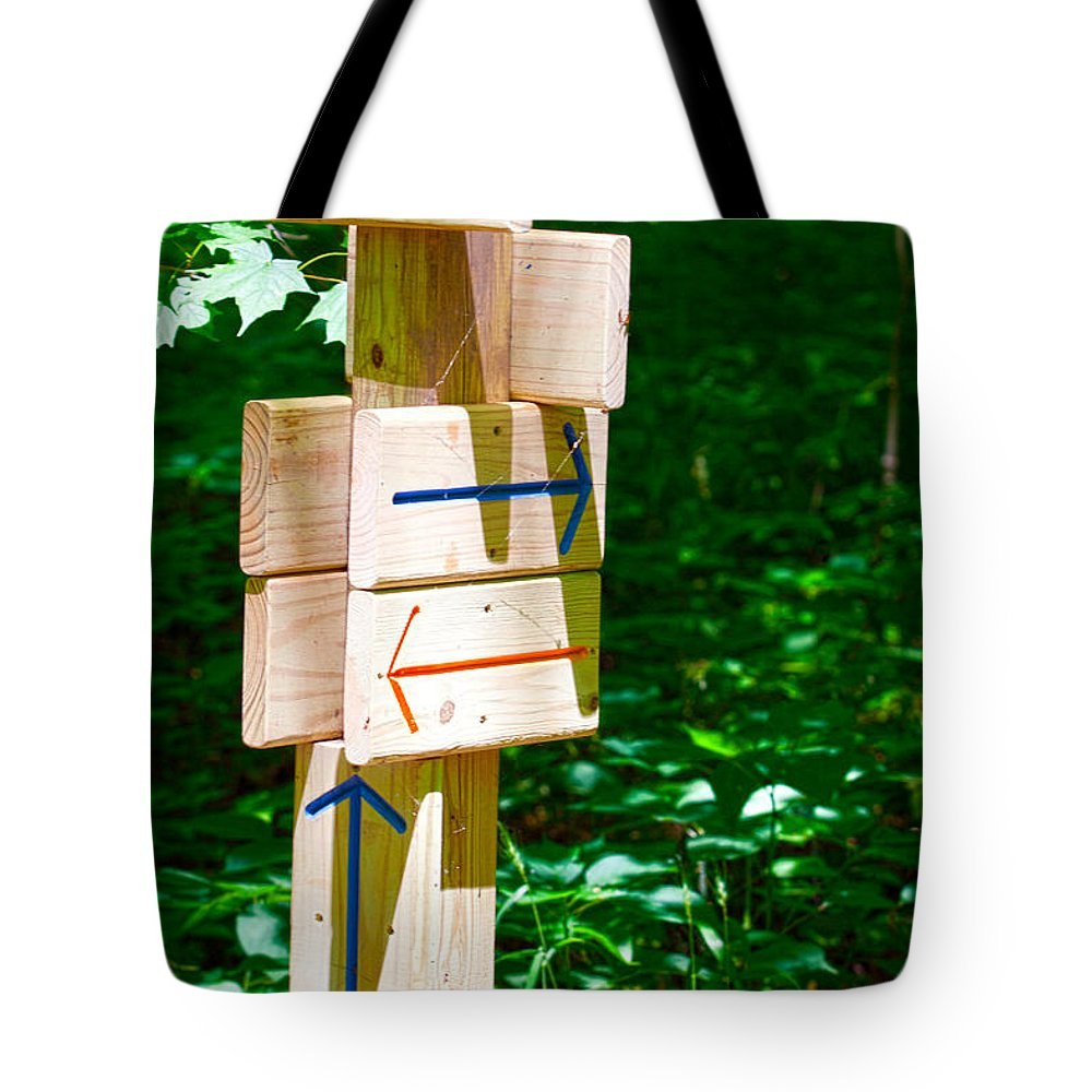 Arrow Tote Bag featuring the photograph Lost by Alan Look