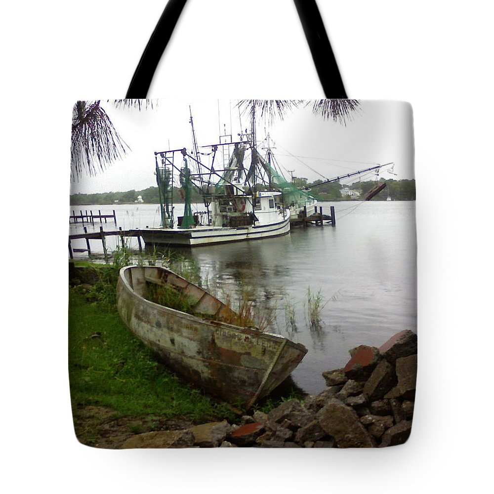 Boat Tote Bag featuring the photograph Lost Boat by Patricia Caldwell