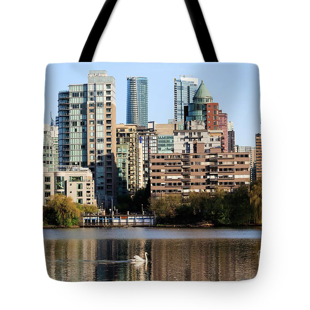 Lost Lagoon Tote Bag featuring the photograph Lost Lagoon Vancouver by Marc Stuelken