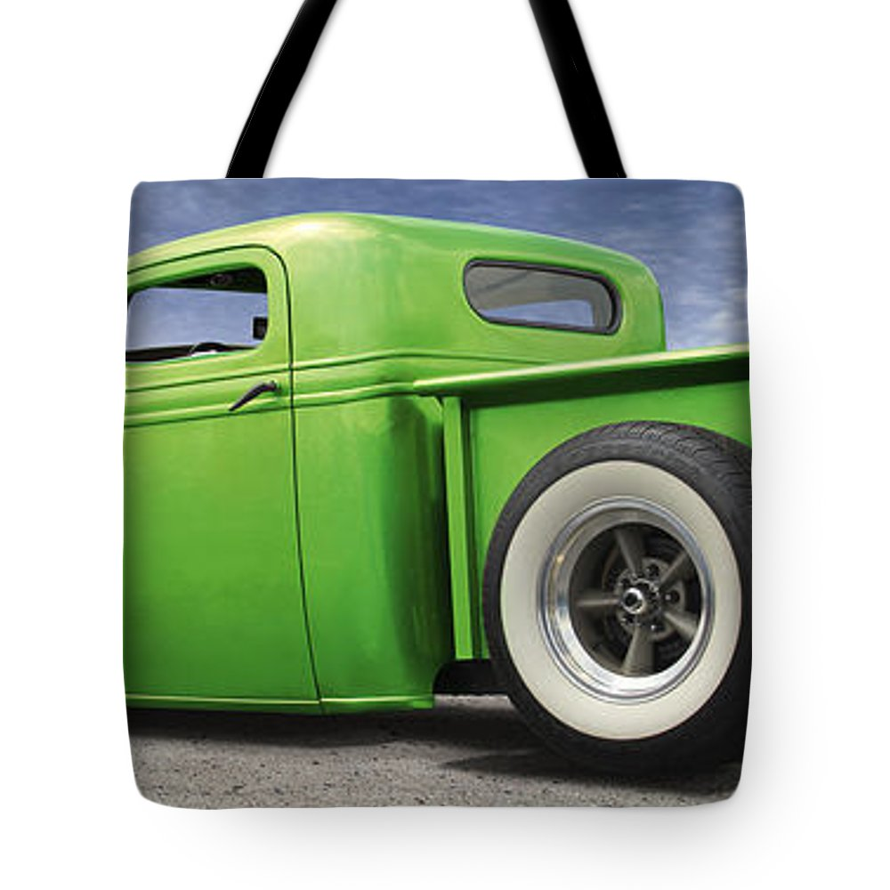 Lowrider Tote Bag featuring the photograph Lowrider At Painted Desert by Mike McGlothlen