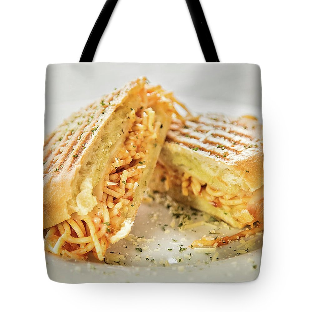 Food Tote Bag featuring the photograph Mac N Cheese by Elizabeth Wilson