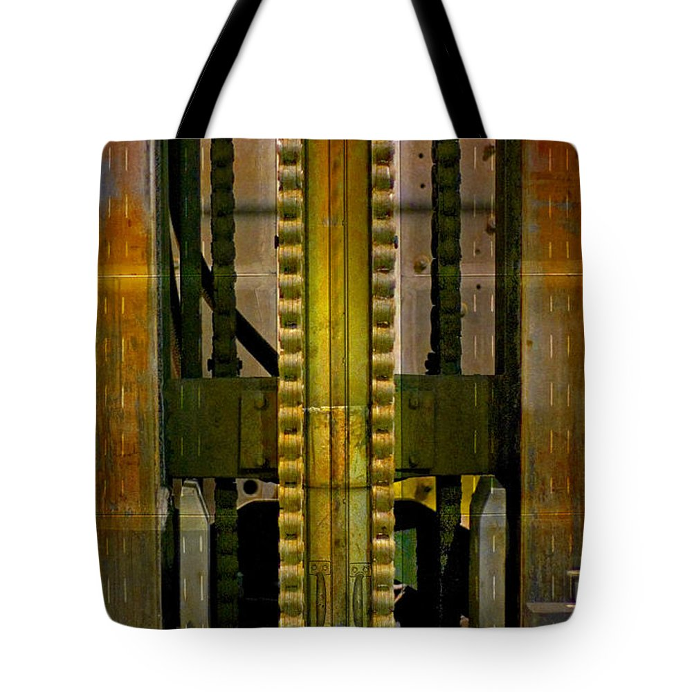 Texture Tote Bag featuring the photograph Machina by Skip Hunt