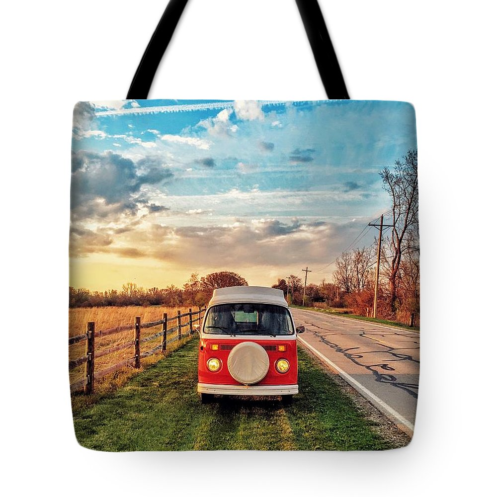 Vw Tote Bag featuring the photograph Magic Hour Magic Bus by Andrew Weills