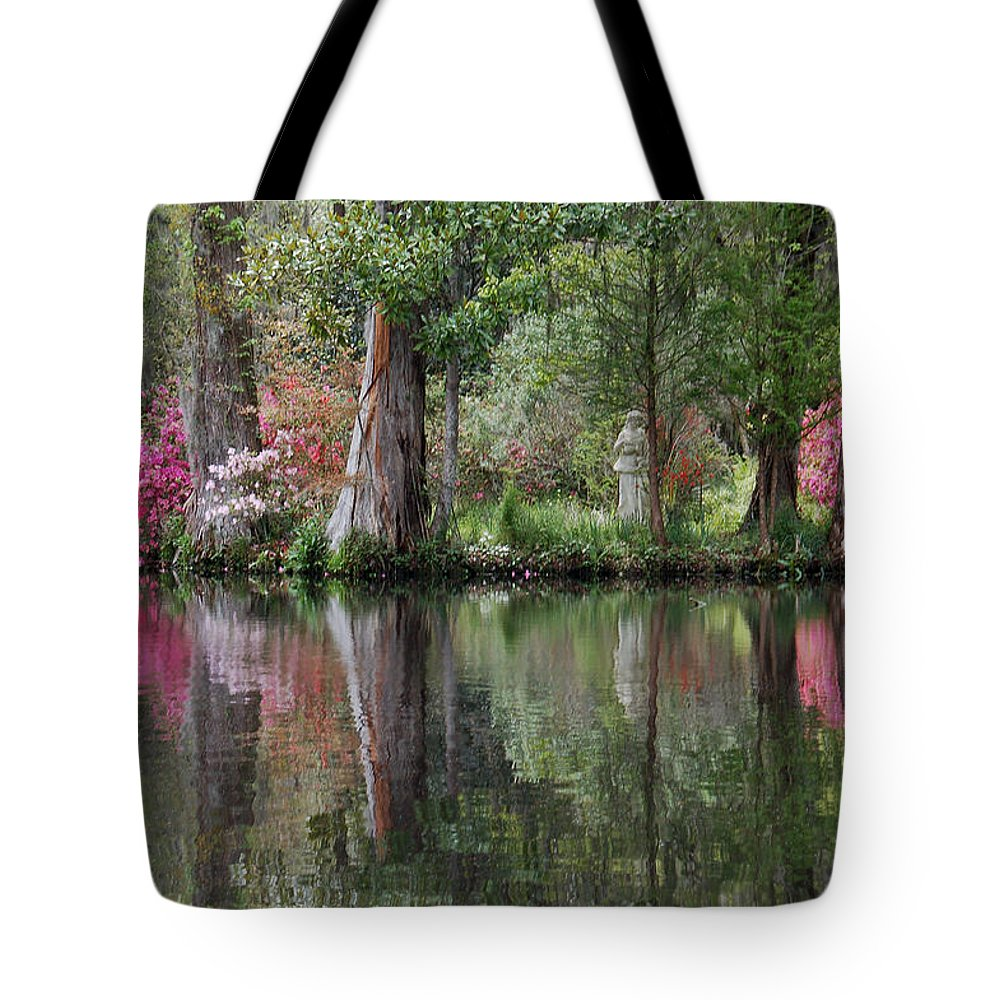 Magnolia Plantation Tote Bag featuring the photograph Magnolia Plantation Gardens Series Iv by Suzanne Gaff