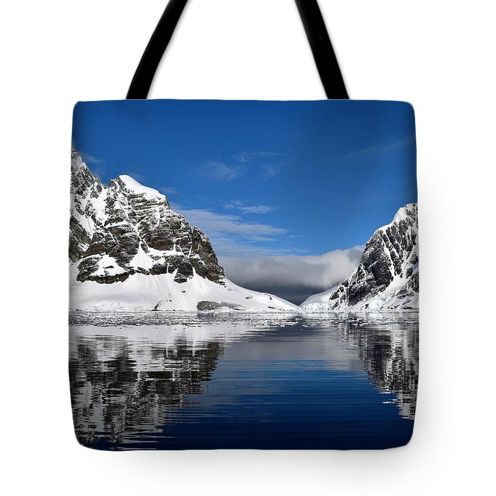 Landscape Tote Bag featuring the photograph Majestic Reflection by Chris Hanlon