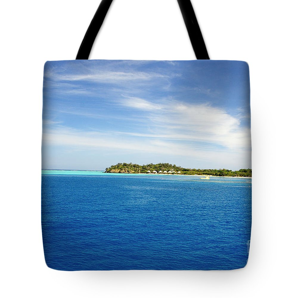 Afternoon Tote Bag featuring the photograph Mana Island by Himani - Printscapes