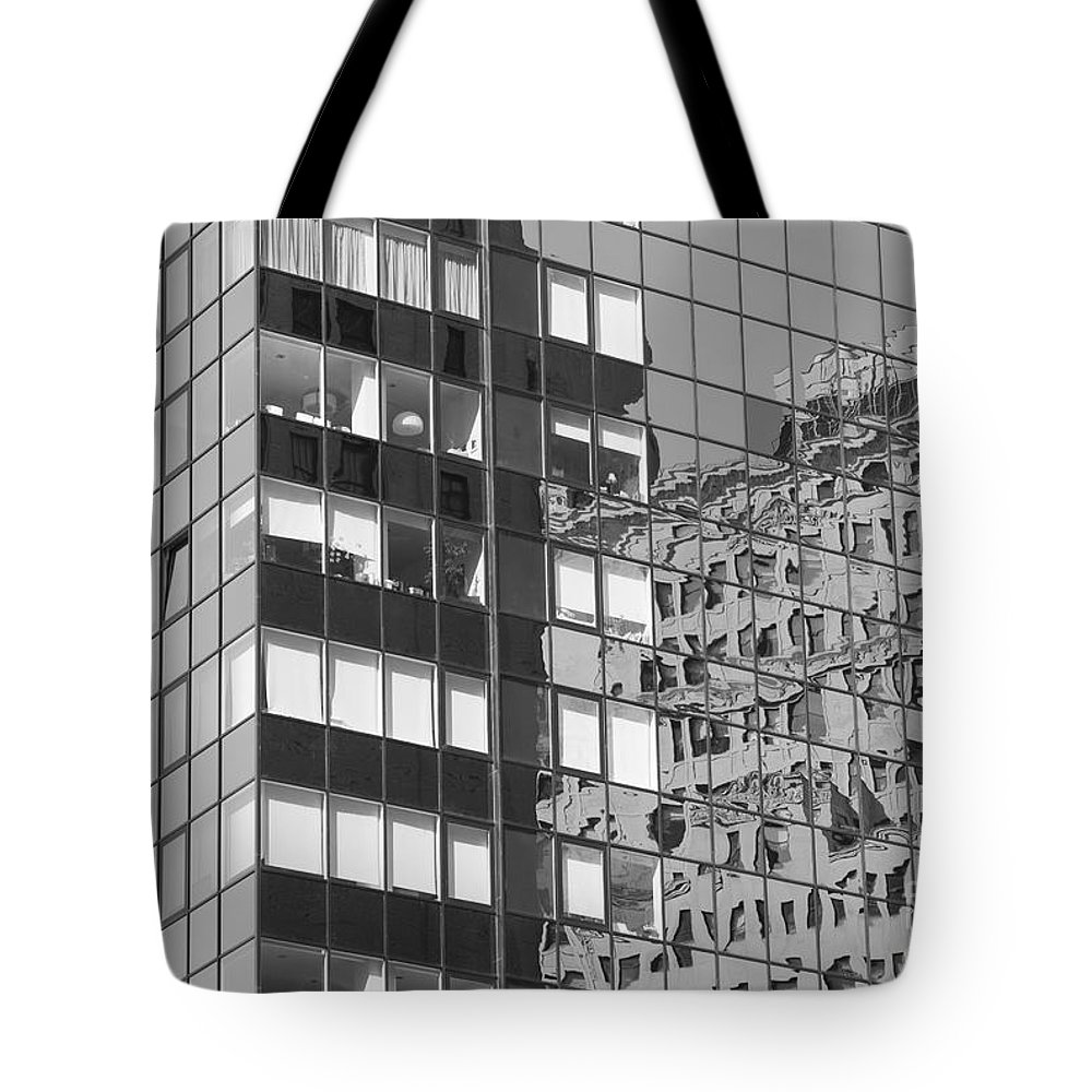 Clarence Holmes Tote Bag featuring the photograph Manhattan Facades I by Clarence Holmes