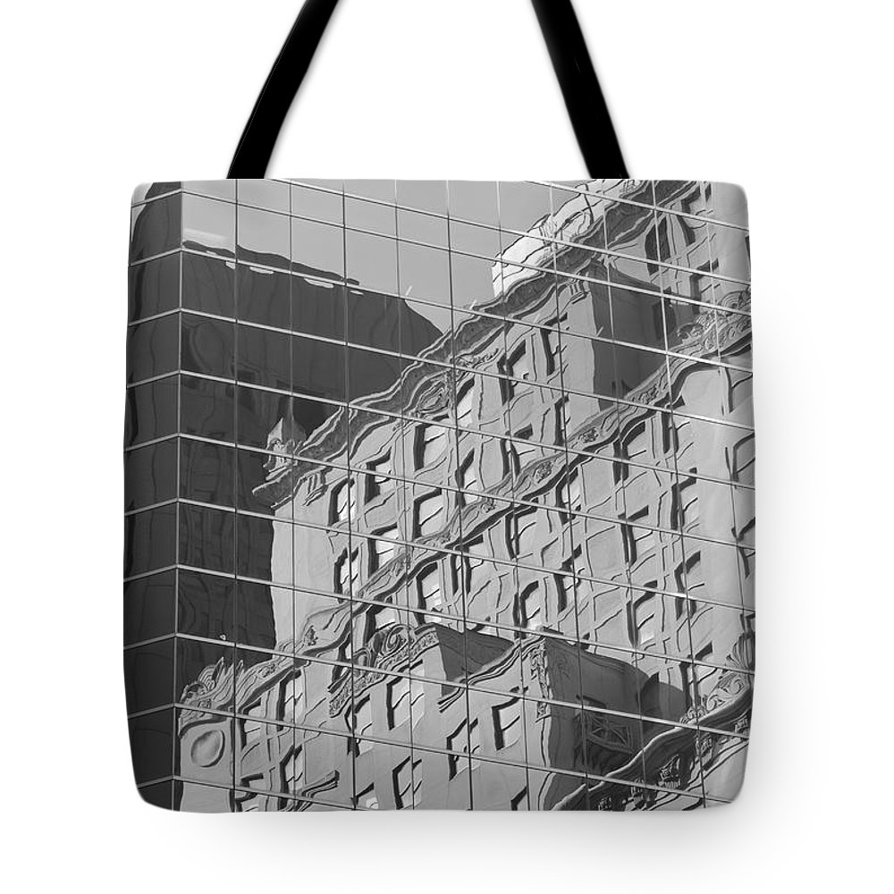 Clarence Holmes Tote Bag featuring the photograph Manhattan Facades IIi by Clarence Holmes