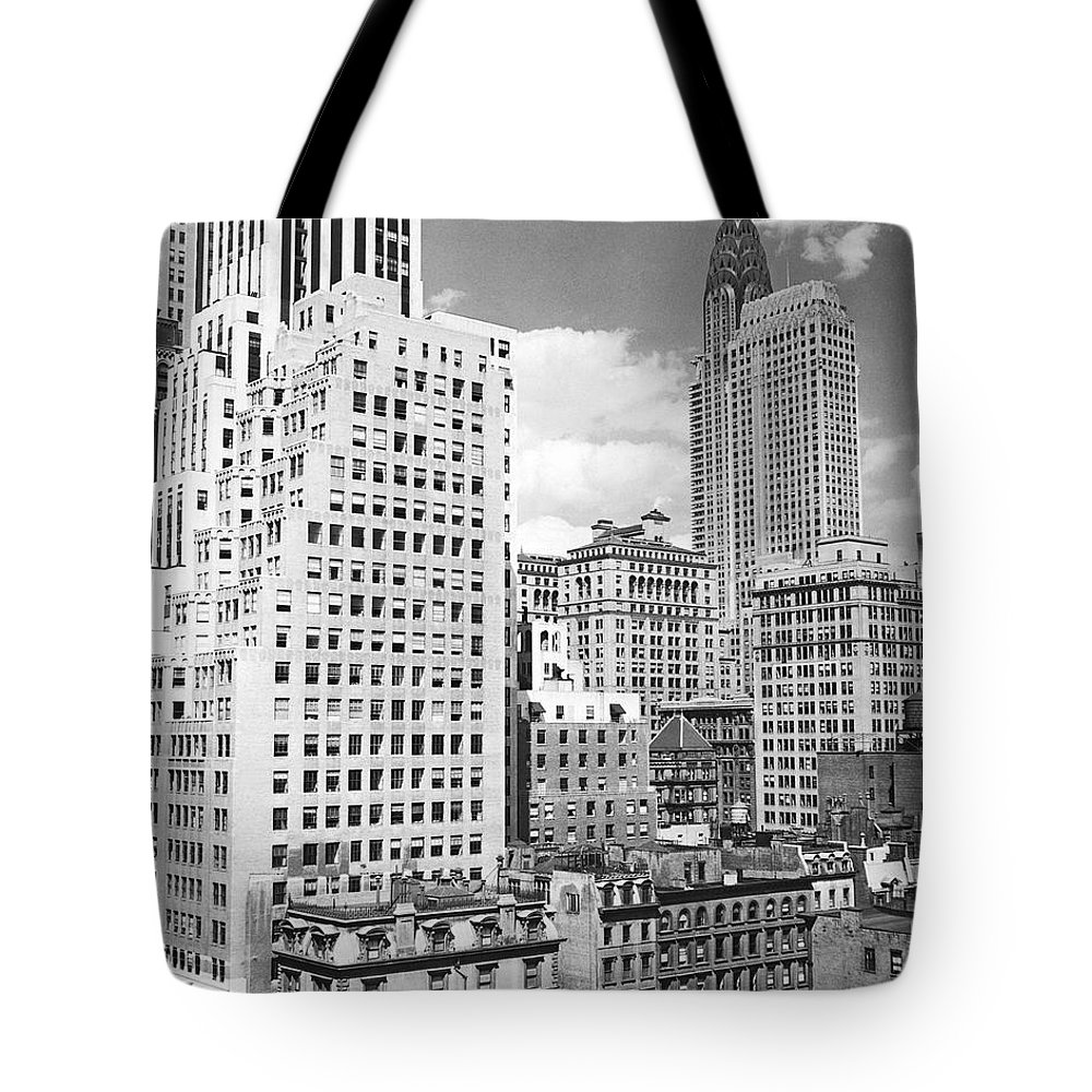 1930s Tote Bag featuring the photograph Manhattan From Madison Avenue by Underwood Archives