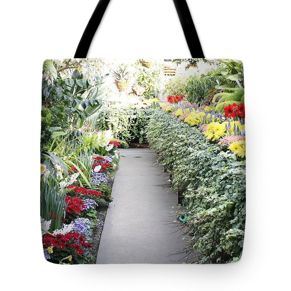 Manito Park Tote Bag featuring the photograph Manito Park Conservatory by Carol Groenen