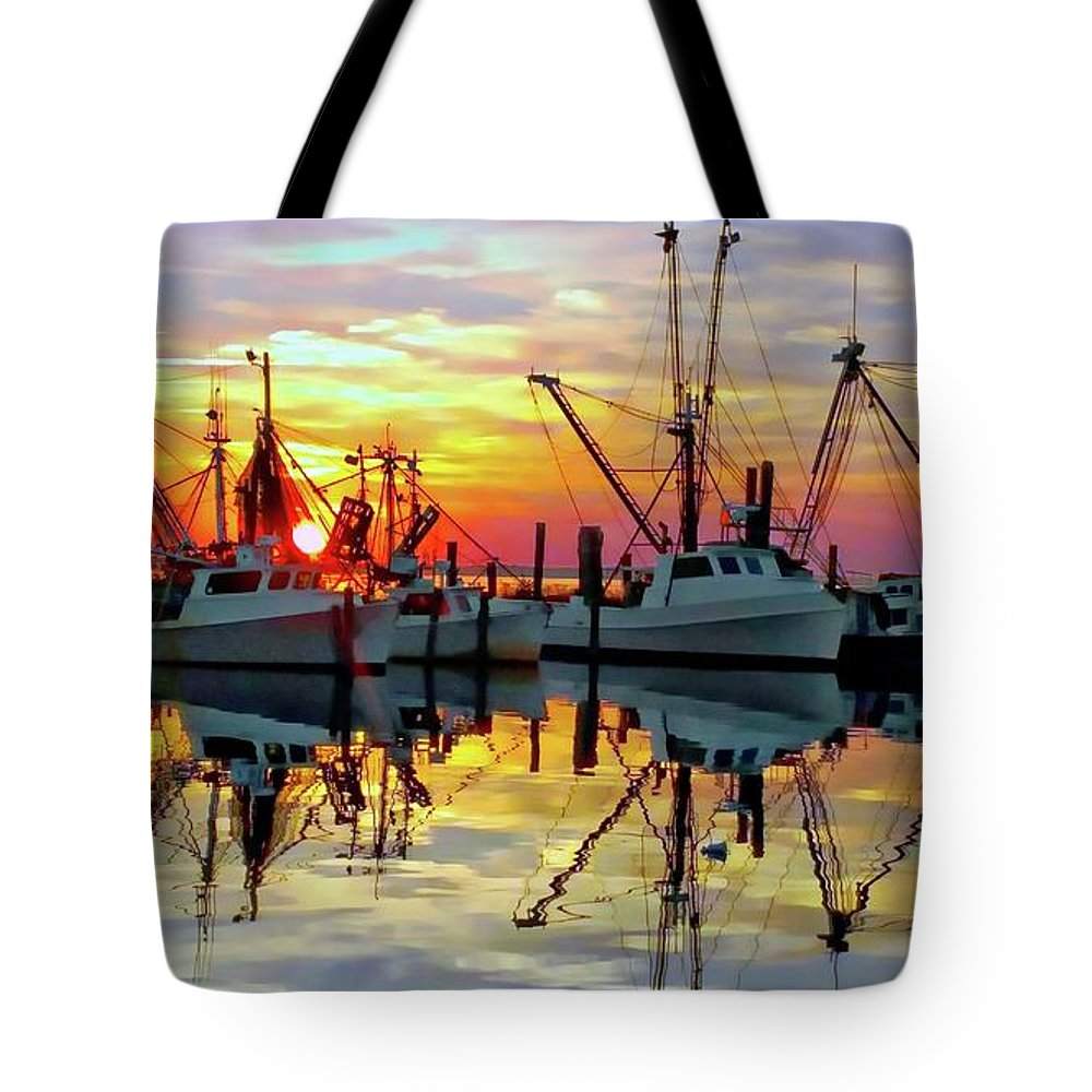 Sunset Tote Bag featuring the photograph Marshallberg Harbor Sunset by Benanne Stiens