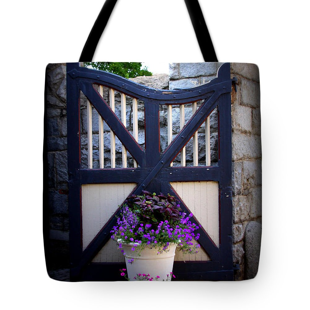 Maymont Tote Bag featuring the photograph Maymont Gate by Tina Meador