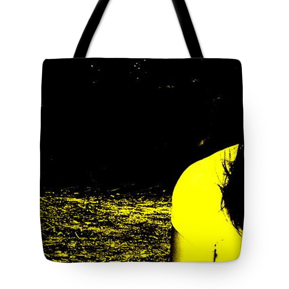 Medusa Tote Bag featuring the photograph Medusa by Ed Smith