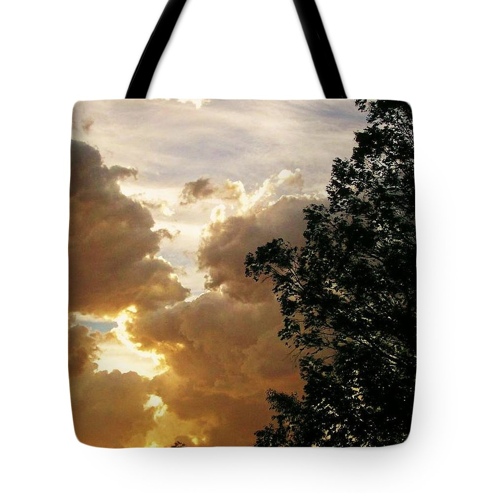 Sky Tote Bag featuring the photograph Merging by Kathleen Heese