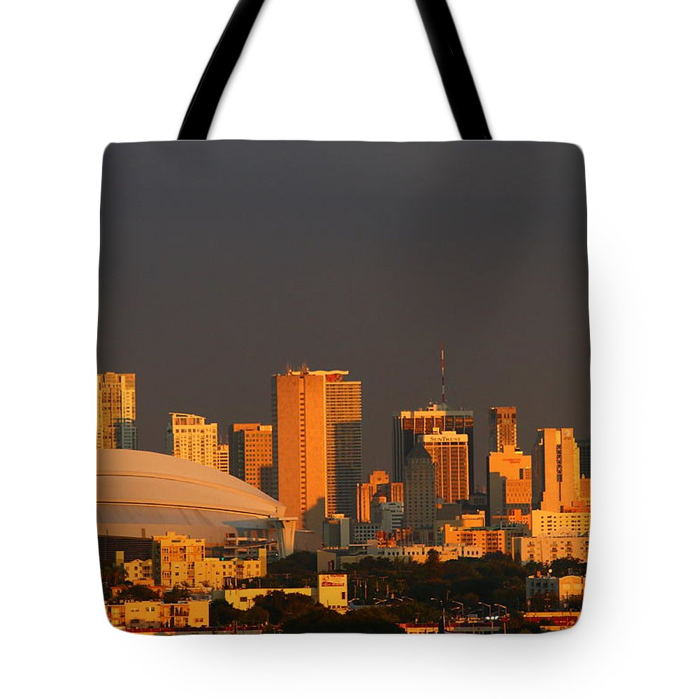 Miami Tote Bag featuring the photograph Miami Skyline At Sunset by Christiane Schulze Art And Photography