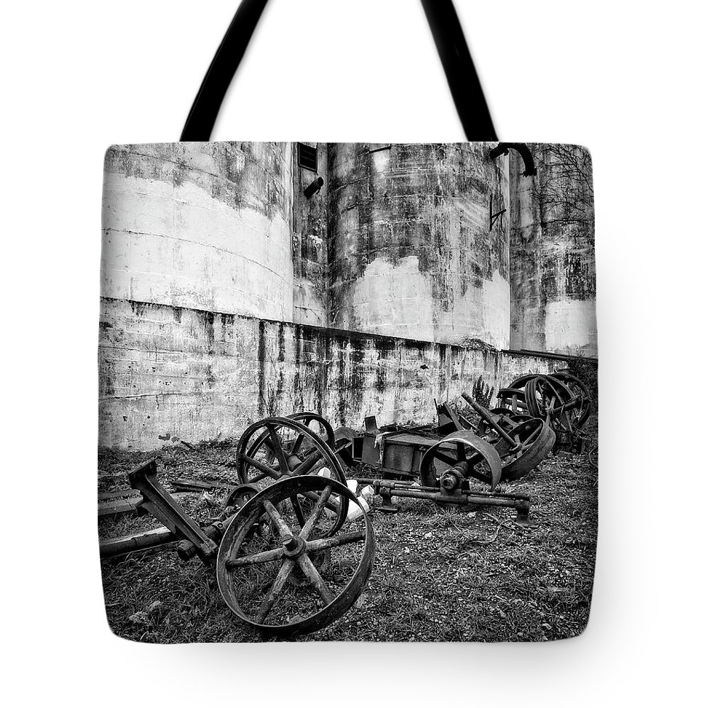 Mill Tote Bag featuring the photograph Mill Wheels by Alan Raasch
