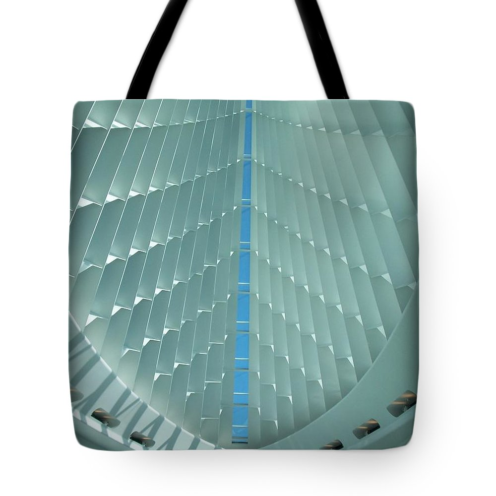 Mam Tote Bag featuring the photograph Milwaukee Art Museum Interior by Anita Burgermeister