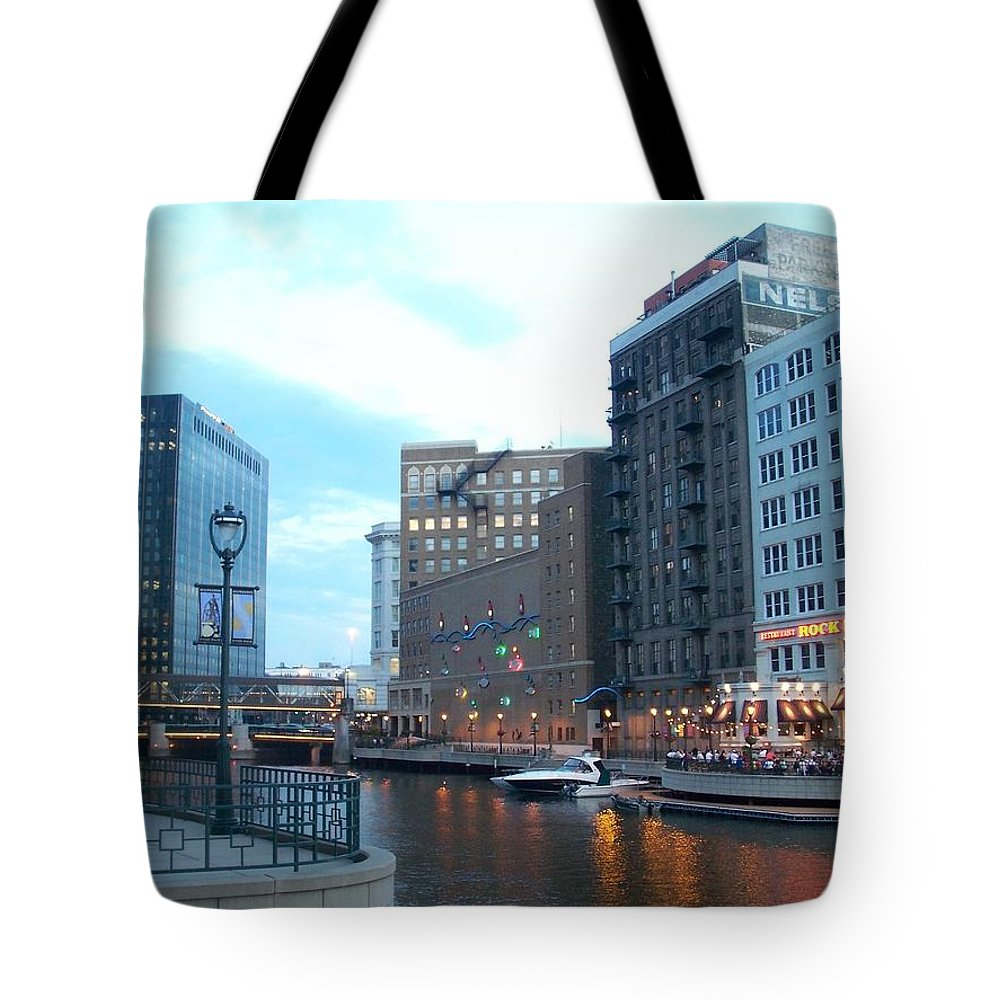 Milwaukee Tote Bag featuring the photograph Milwaukee River Walk by Anita Burgermeister