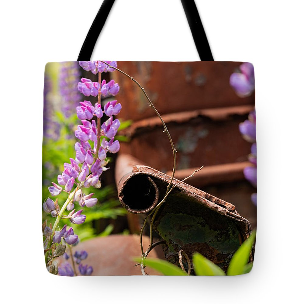 Maine Tote Bag featuring the photograph Mimicry by Holly Ross