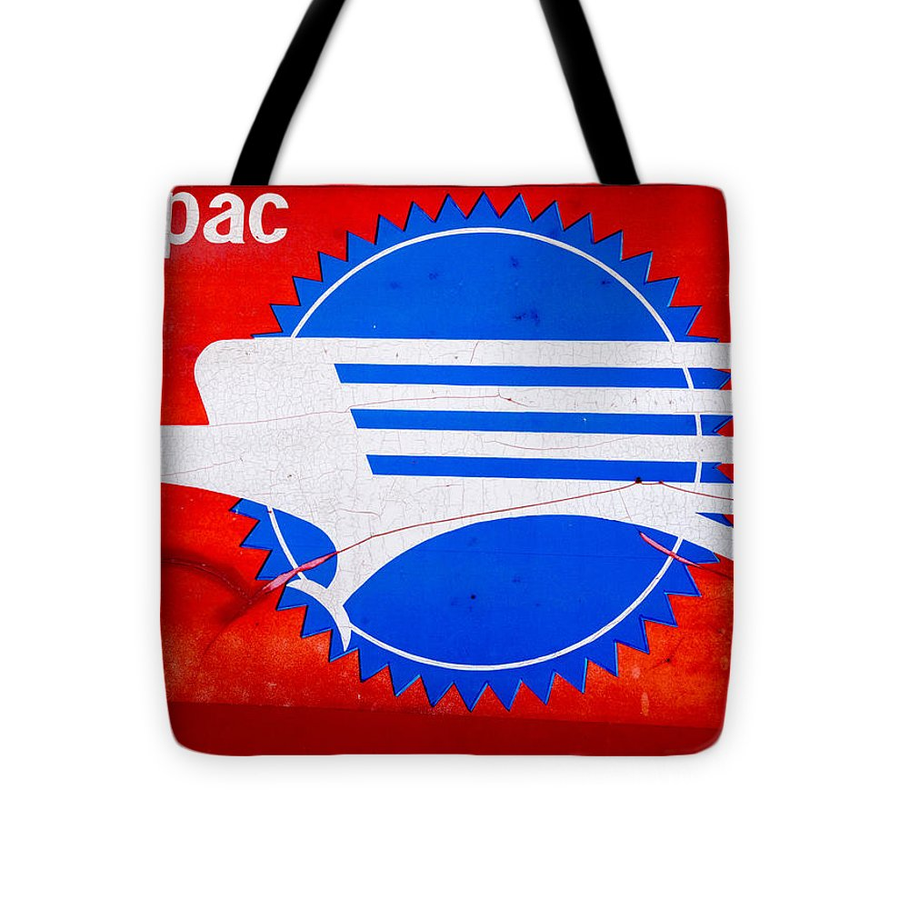 Mopac Tote Bag featuring the photograph Missouri Pacific by Josh Spengler