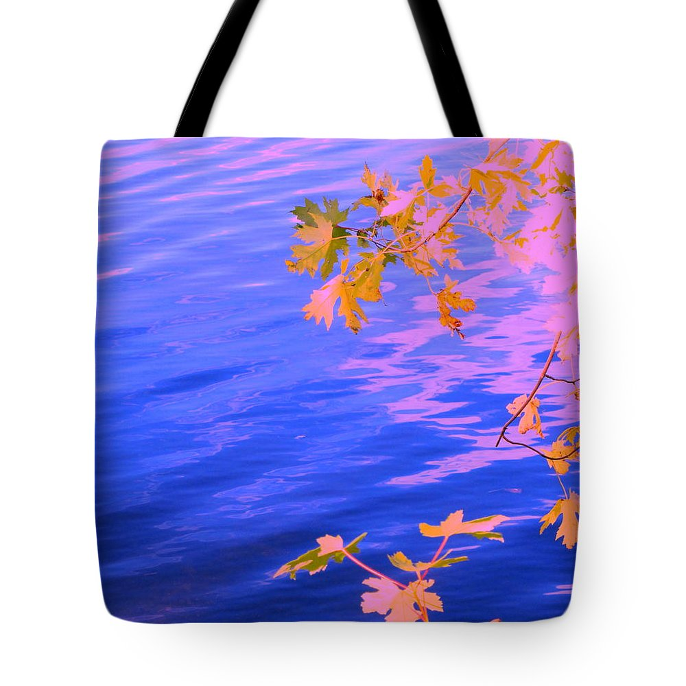 Water Tote Bag featuring the photograph Moment Of Quiet by Sybil Staples