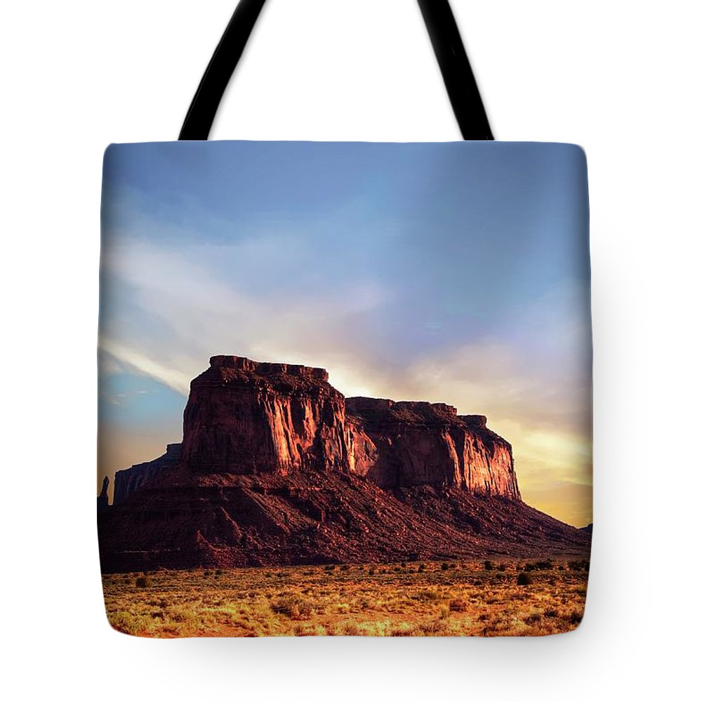 Mesa Tote Bag featuring the photograph Monument formations by Roy Nierdieck