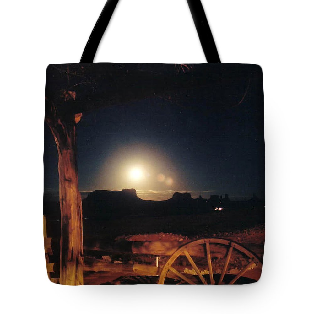 Landscape Tote Bag featuring the photograph Monument Moonrise by Cathy Franklin