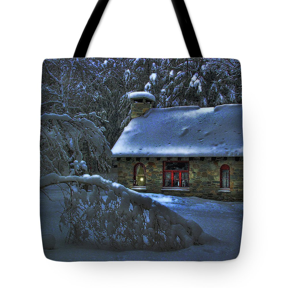 Moon Tote Bag featuring the photograph Moonlight On The Stonehouse by Wayne King
