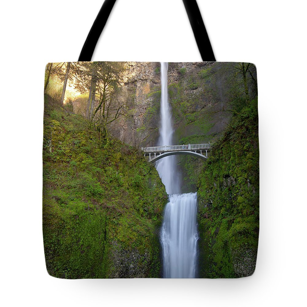Multnomah Falls Tote Bag featuring the photograph Multnomah Falls In Oregon State. by Gino Rigucci