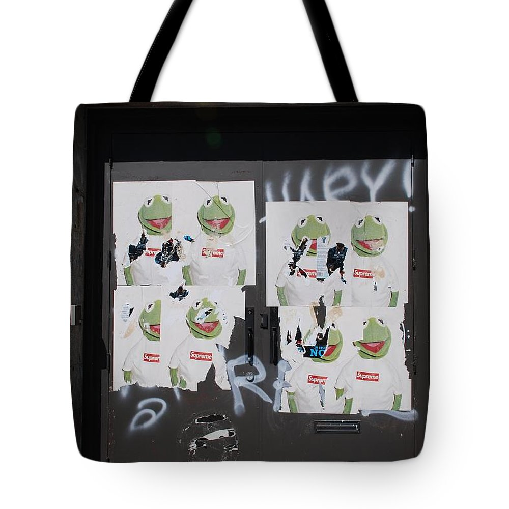 Kermit The Frog Tote Bag featuring the photograph N Y C Kermit by Rob Hans