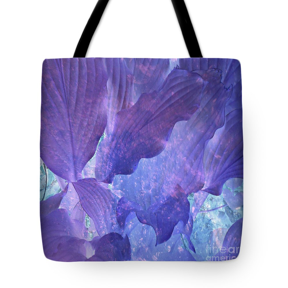 Anne Alfaro Tote Bag featuring the photograph Nature Sculpture by Anne Alfaro