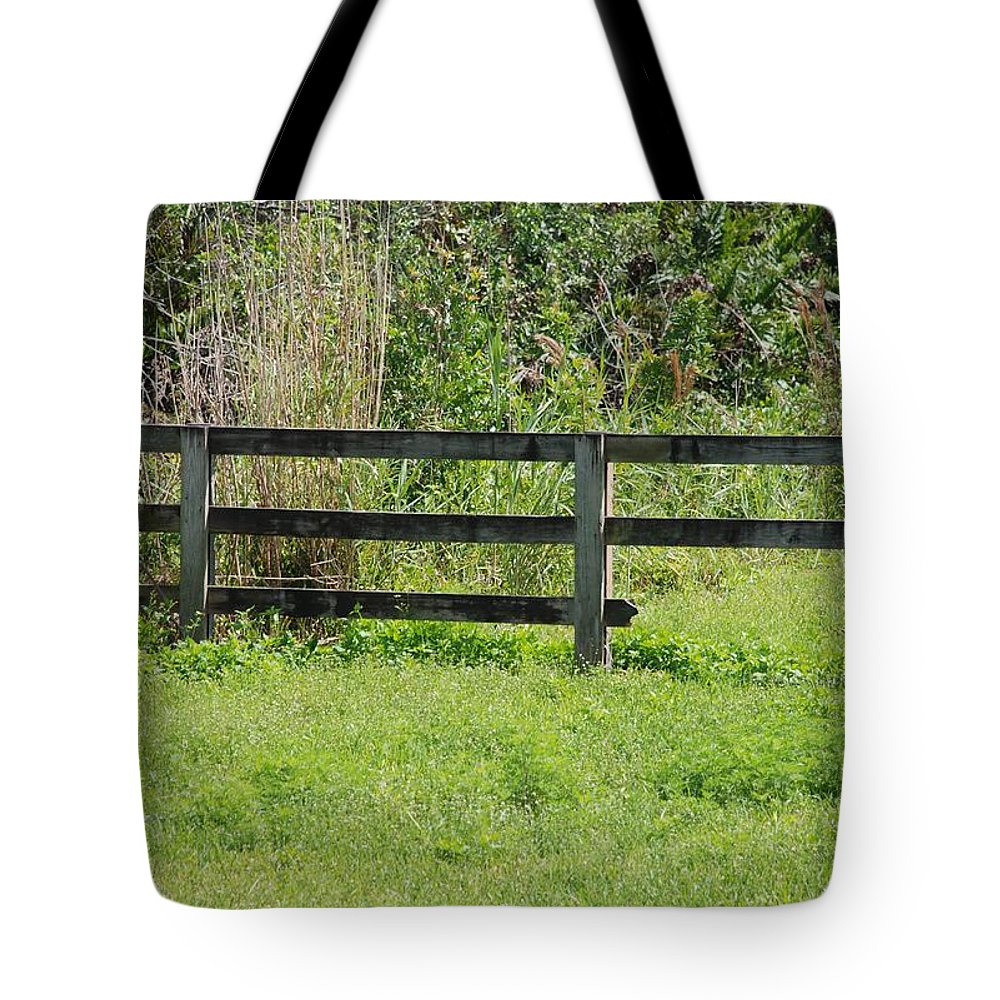 Fence Tote Bag featuring the photograph Natures Fence by Rob Hans