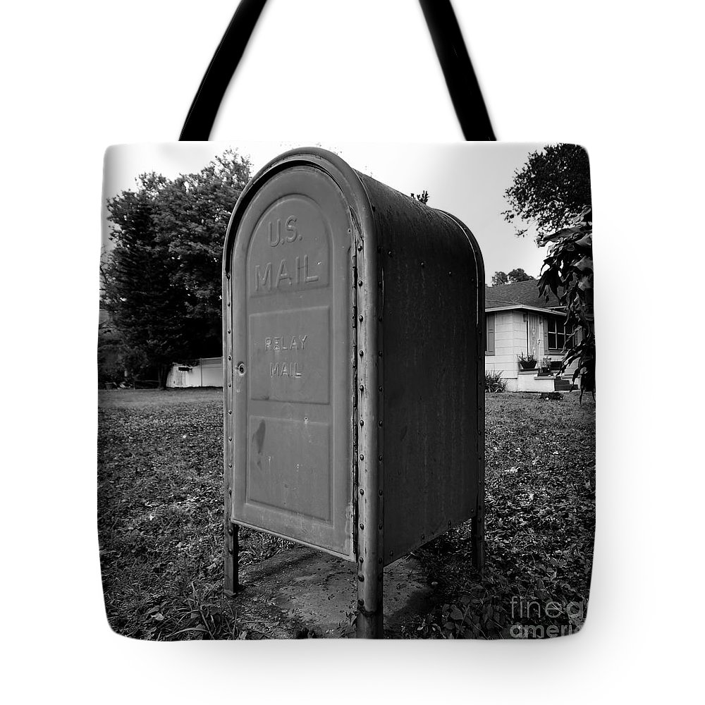 Neighborhood Tote Bag featuring the photograph Neighborhood Box by David Lee Thompson
