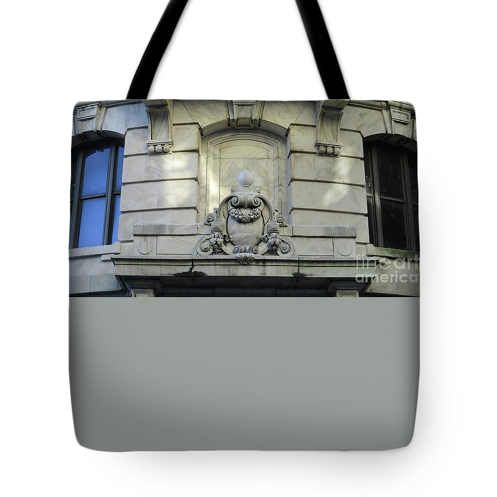 New Orleans Tote Bag featuring the photograph New Orleans 10 by Randall Weidner