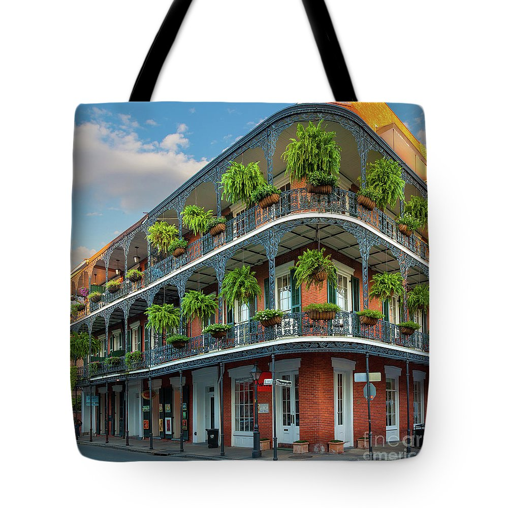 America Tote Bag featuring the photograph New Orleans House by Inge Johnsson