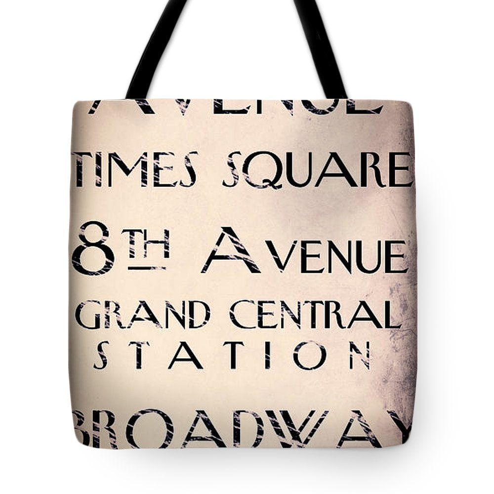 Park Avenue Tote Bag featuring the painting New York City Street Sign by Mindy Sommers